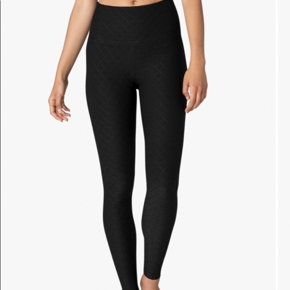 2ad8e94bee Beyond Yoga Pants - Beyond Yoga Can't Quilt You High Waisted Legging